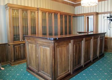 Мебель для ресепшена в классическом стиле